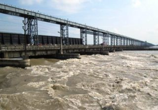 muzaffarpur-hill-rivers-including-gandak-and-masan-are-in-spate-th